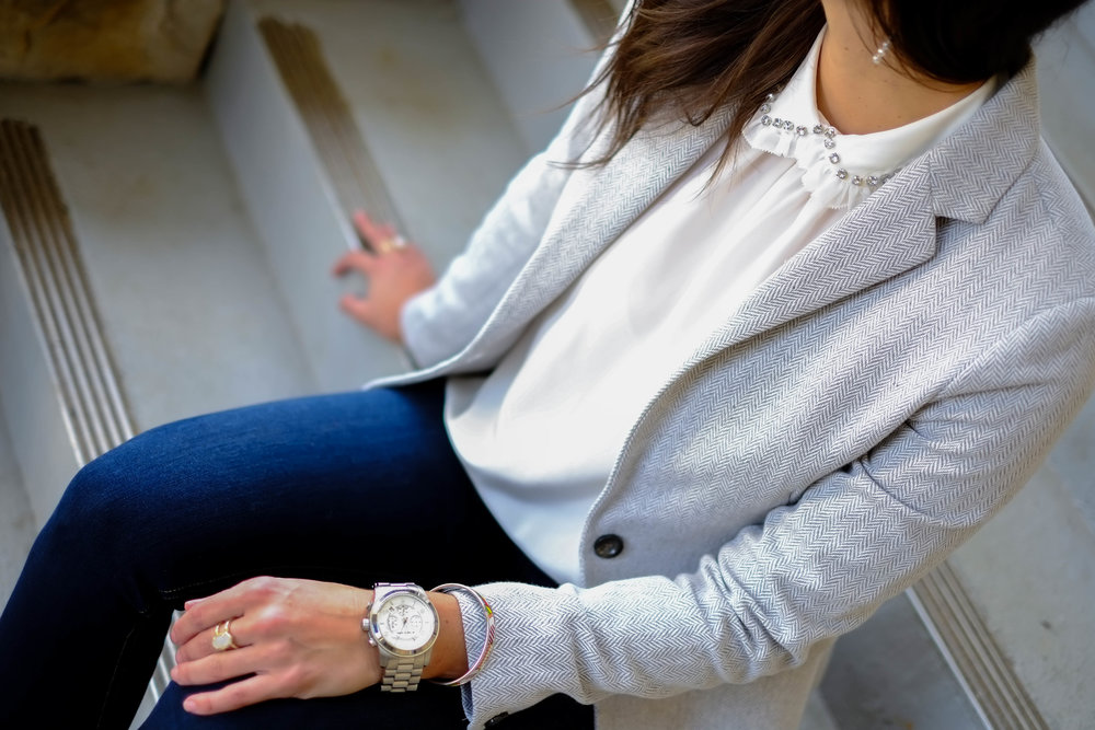 blouse-blazer-chic-workwear-style-inspiration-lauren-schwaiger-blog.jpg