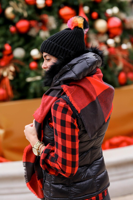 Gap-Puffer-Vest-Beanie-Winter-Style-Inspiration-Lauren-Schwaiger-Style-Blog.jpg