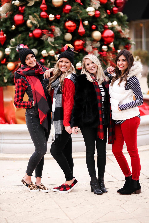 GAP-Holiday-Style-Charlotte-NC-Lauren-Schwaiger-Blogger.jpg