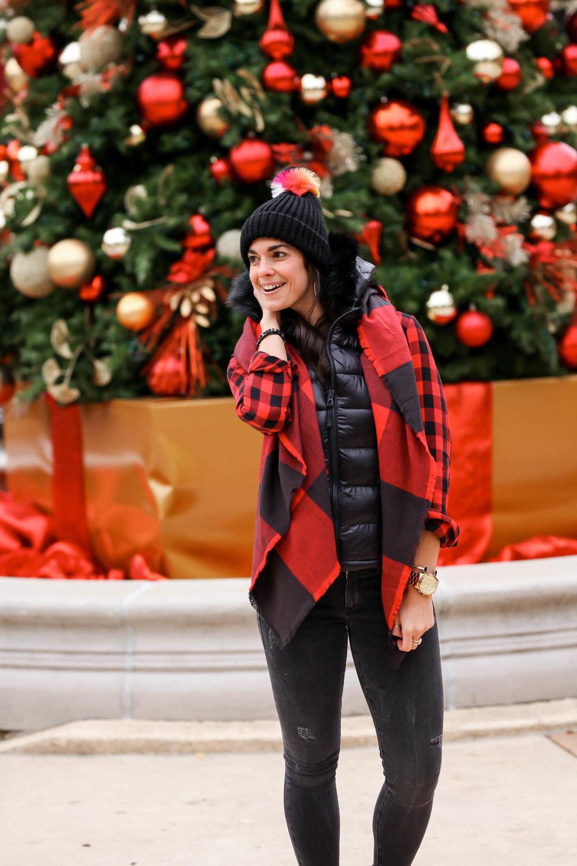 Cozy-Winter-Style-OOTD-Plaid-Lauren-Schwaiger-Blog.jpg