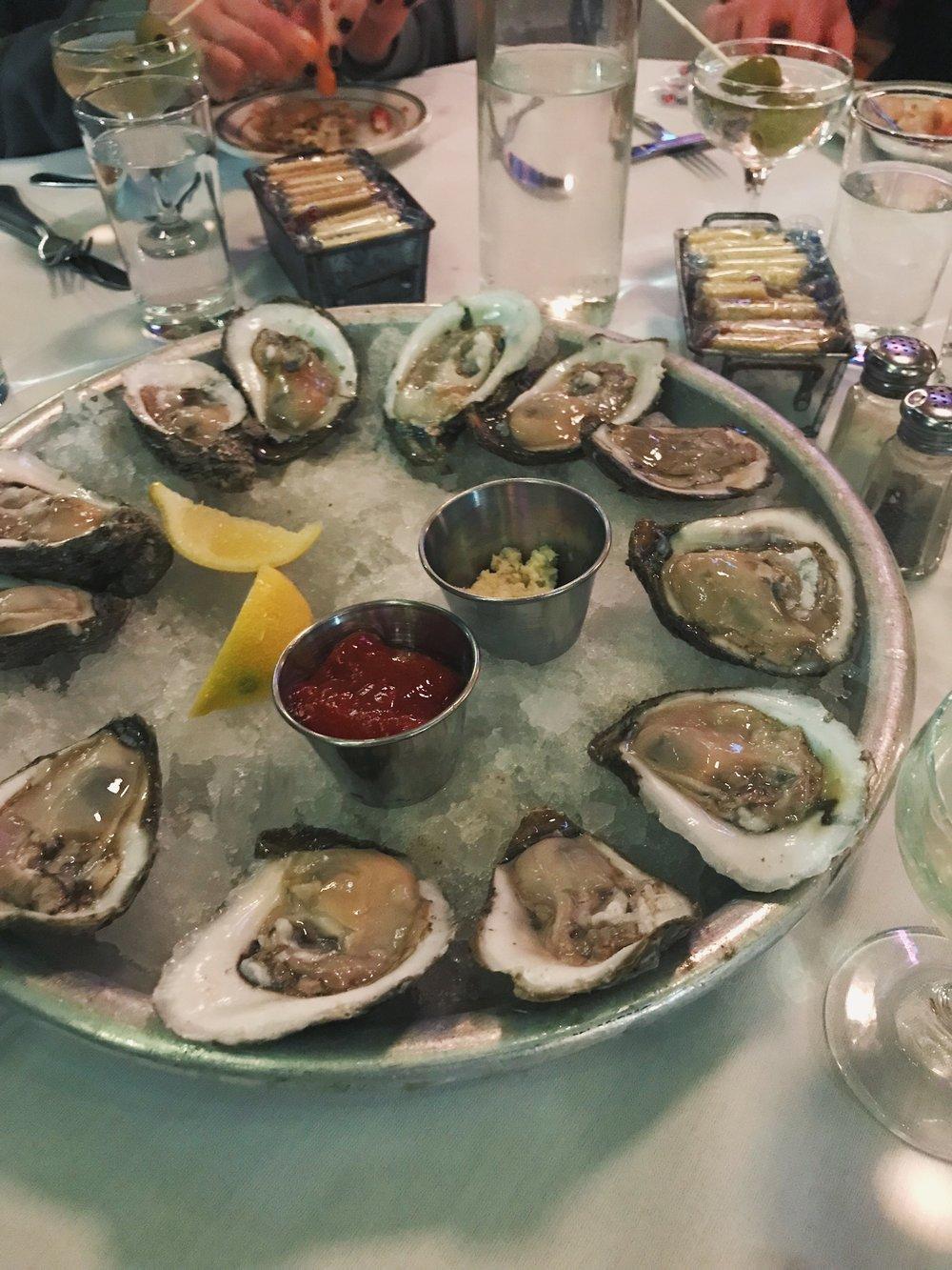 oysters-superior-seafood-new-orleans-lauren-schwaiger-travel-blog.jpg