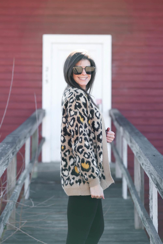 chic-cozy-leopard-print-cardigan-lauren-schwaiger-style-blog.jpg