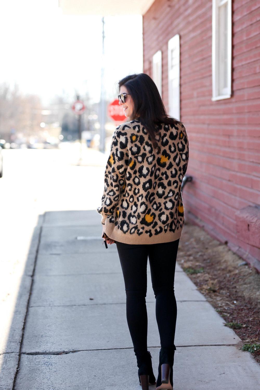 black-denim-leopard-print-cardi-lauren-schwaiger-blogger-style.jpg