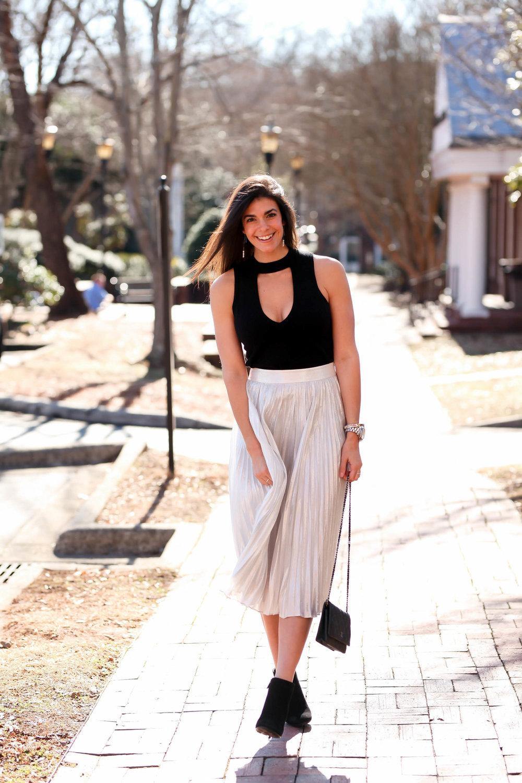 pleated-silver-skirt-black-cutout-top-lauren-schwaiger-ootd.jpg