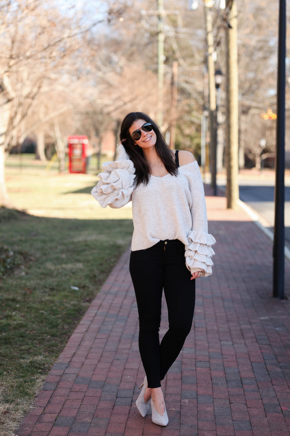 black-denim-ruffle-sleeve-sweater-lauren-schwaiger-style-blog.jpg