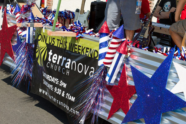 terranova-parade-float.jpg