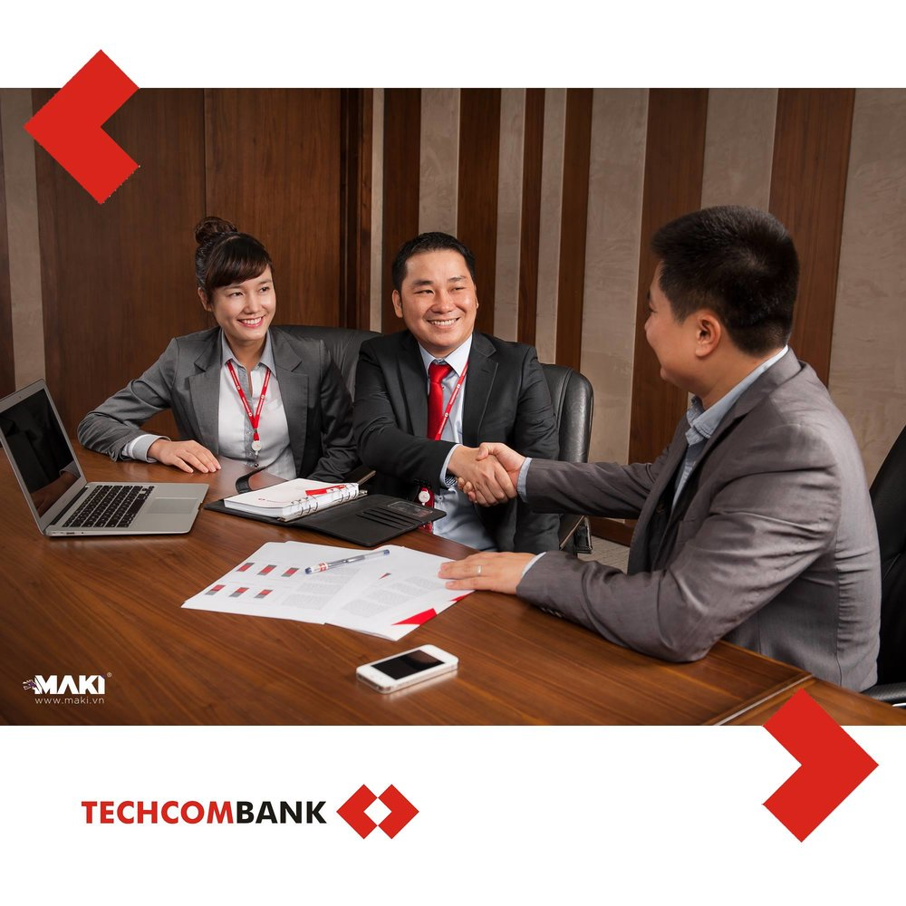 chup-anh-quang-cao-techcombank-4.jpg