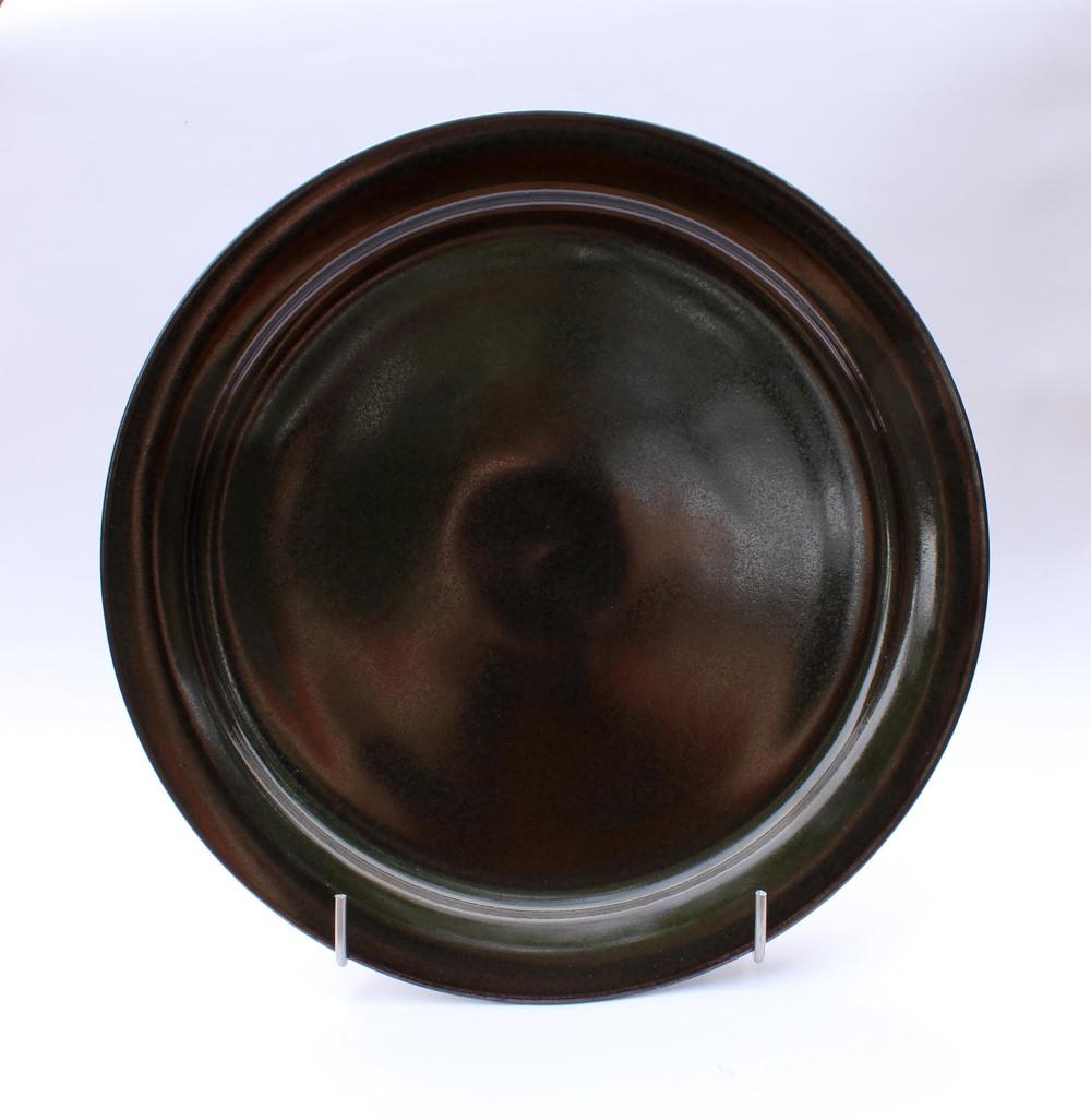black plate.jpg