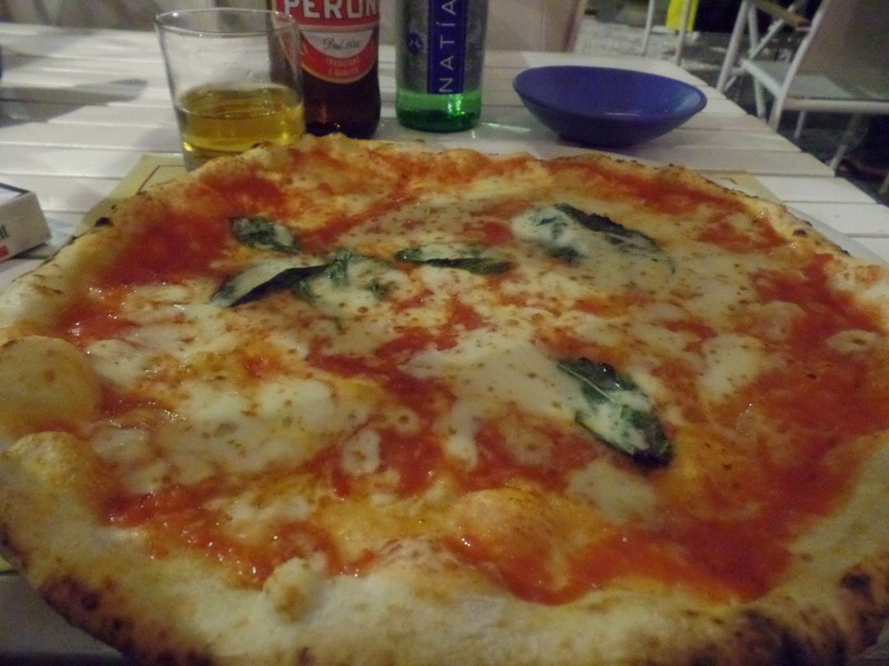 Pizza, Naples (note they only gave me one glass for both beer and water)