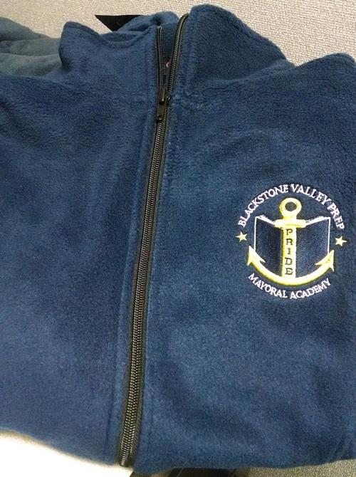 Navy BVP Fleece with Embroidered Logo - Fleece de BVP con logo bordado