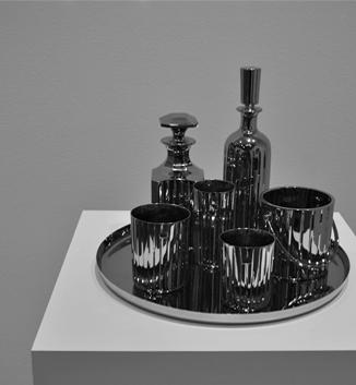 Jeff Koons,Baccarat Crystal Set (1986)