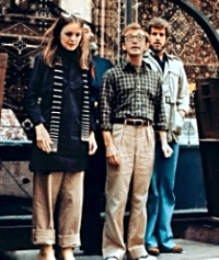 Diane Keaton, Woody Allen and Tony Roberts on the set of Annie Hall