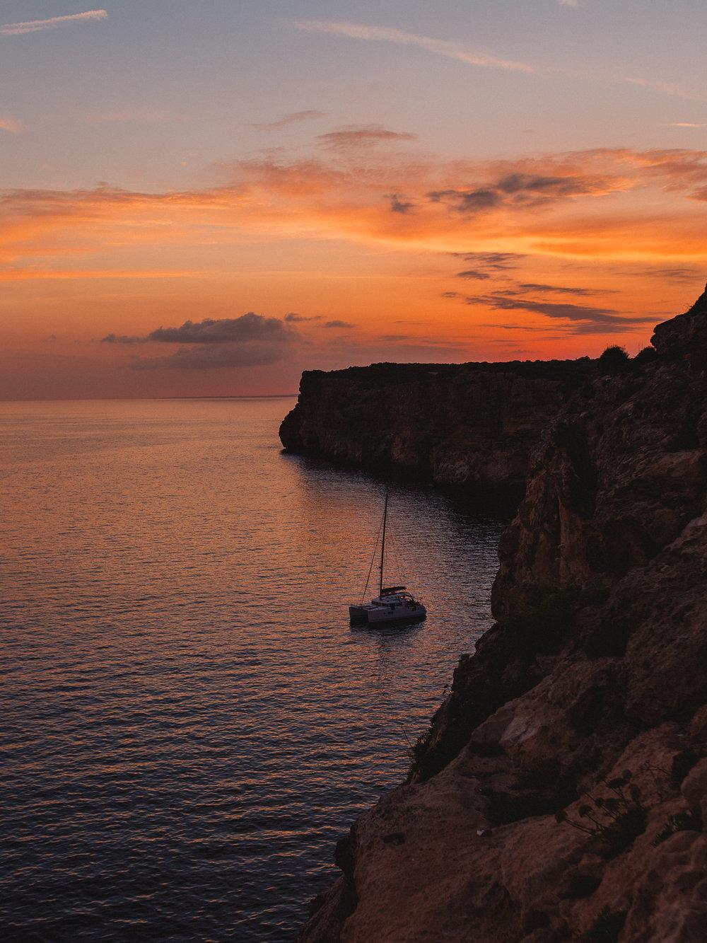 Menorca-cat-sunset.jpg