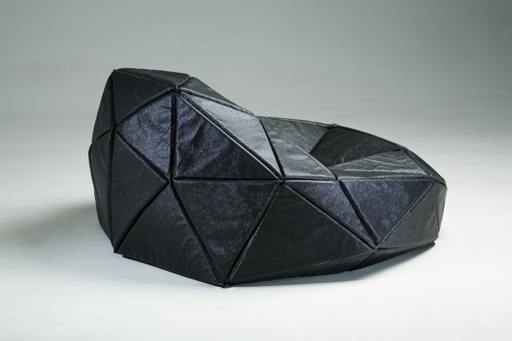 RADIAN seat, designed by Vesa Hinkola / Valvomo