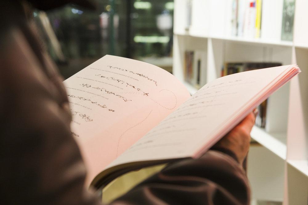 Jenna Sutela created a new language for her  nimiia   ïzinibimi  book.