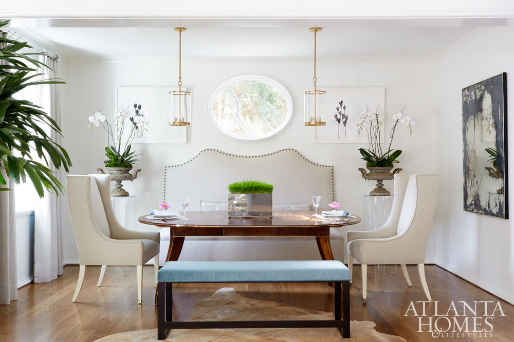 Dining room with upholstered bench and chairs in Atlanta Home for the Holidays 2016