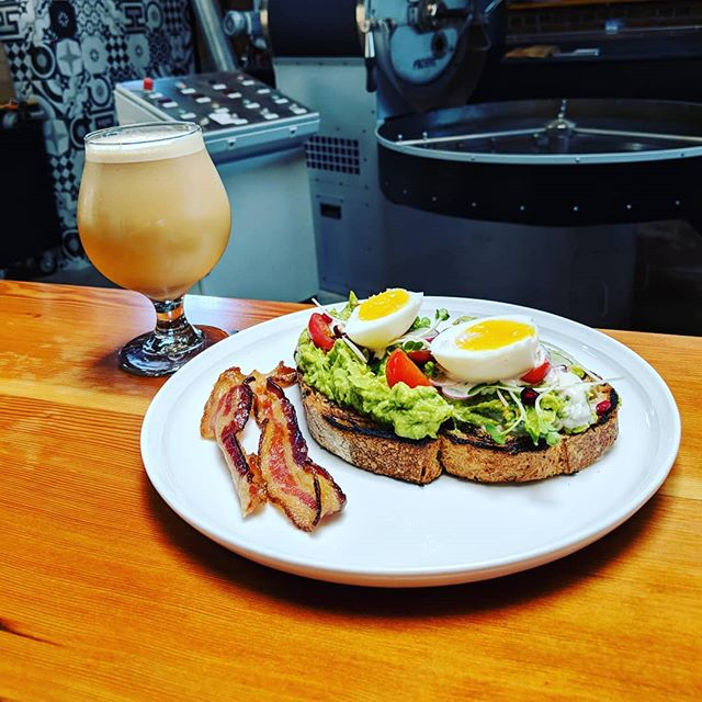 Nitro cold brew and avo toast makes the world go round 👌