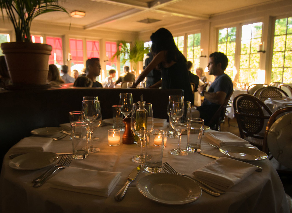 Hamptons_Southampton_Restaurants_Red_Bar_Brasserie_19.jpg