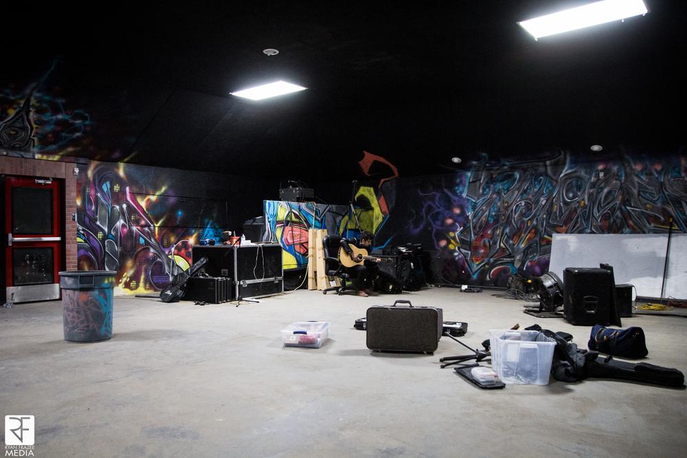 Pre show jams