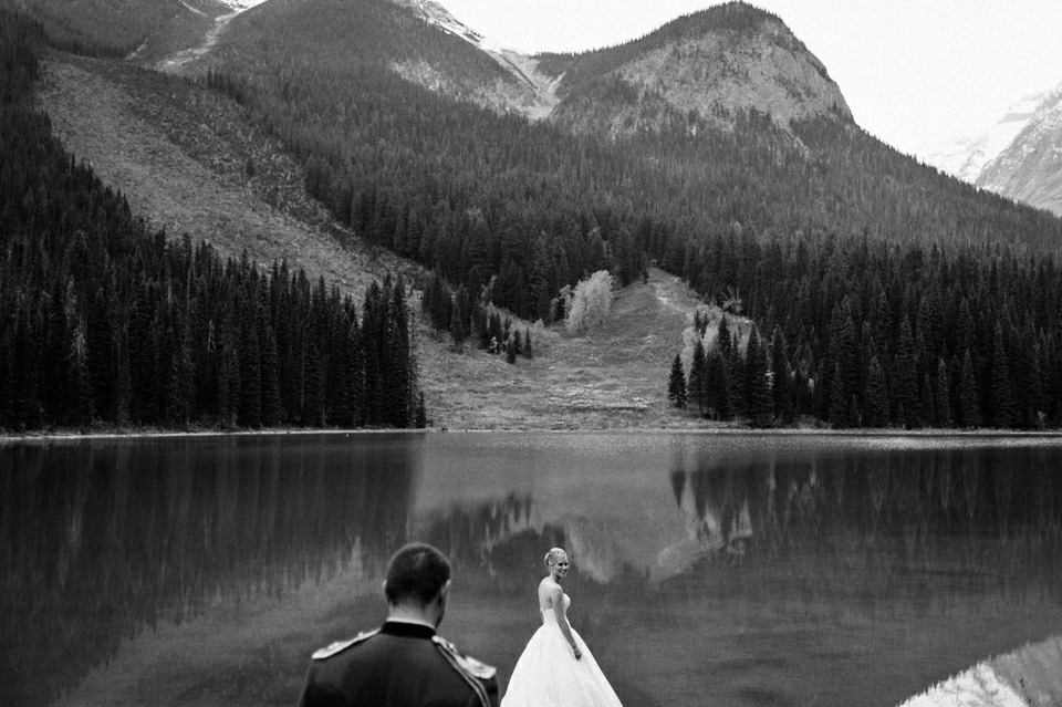 Emerald Lake Lodge elopement wedding photos.jpg