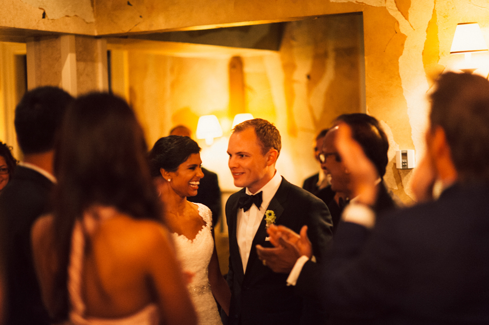 Romantic Manoir Hovey wedding ceremony.jpg