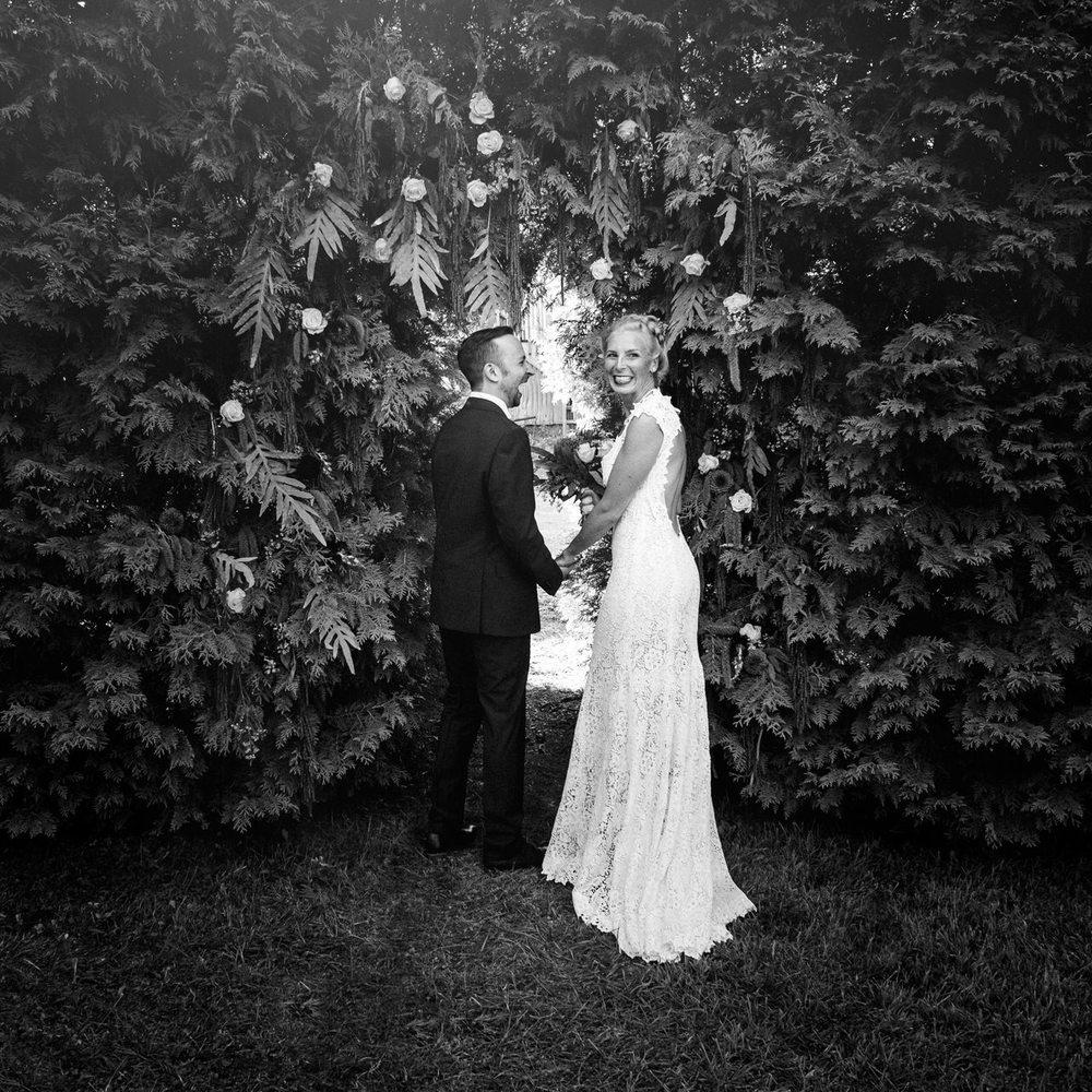 Bride and groom Quebec Vineyard Wedding portraits.jpg