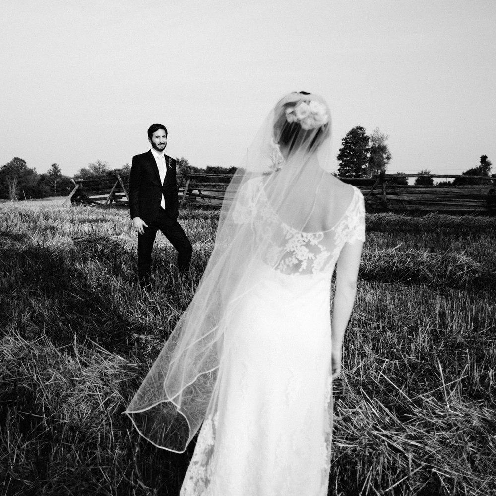 Ontario Farmland bride and groom wedding portraits.jpg