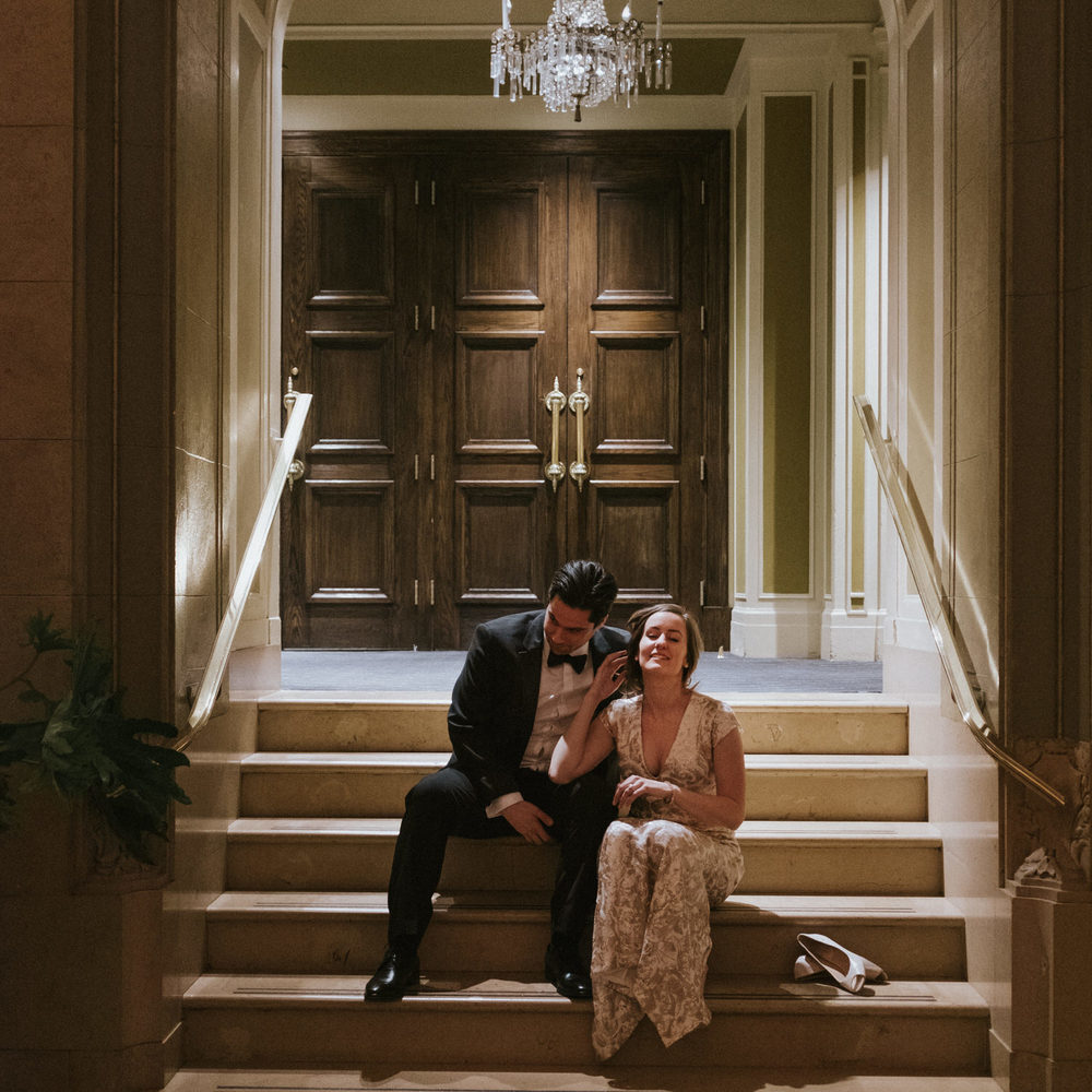 Romantic Chateau Frontenac winter wedding photos.jpg
