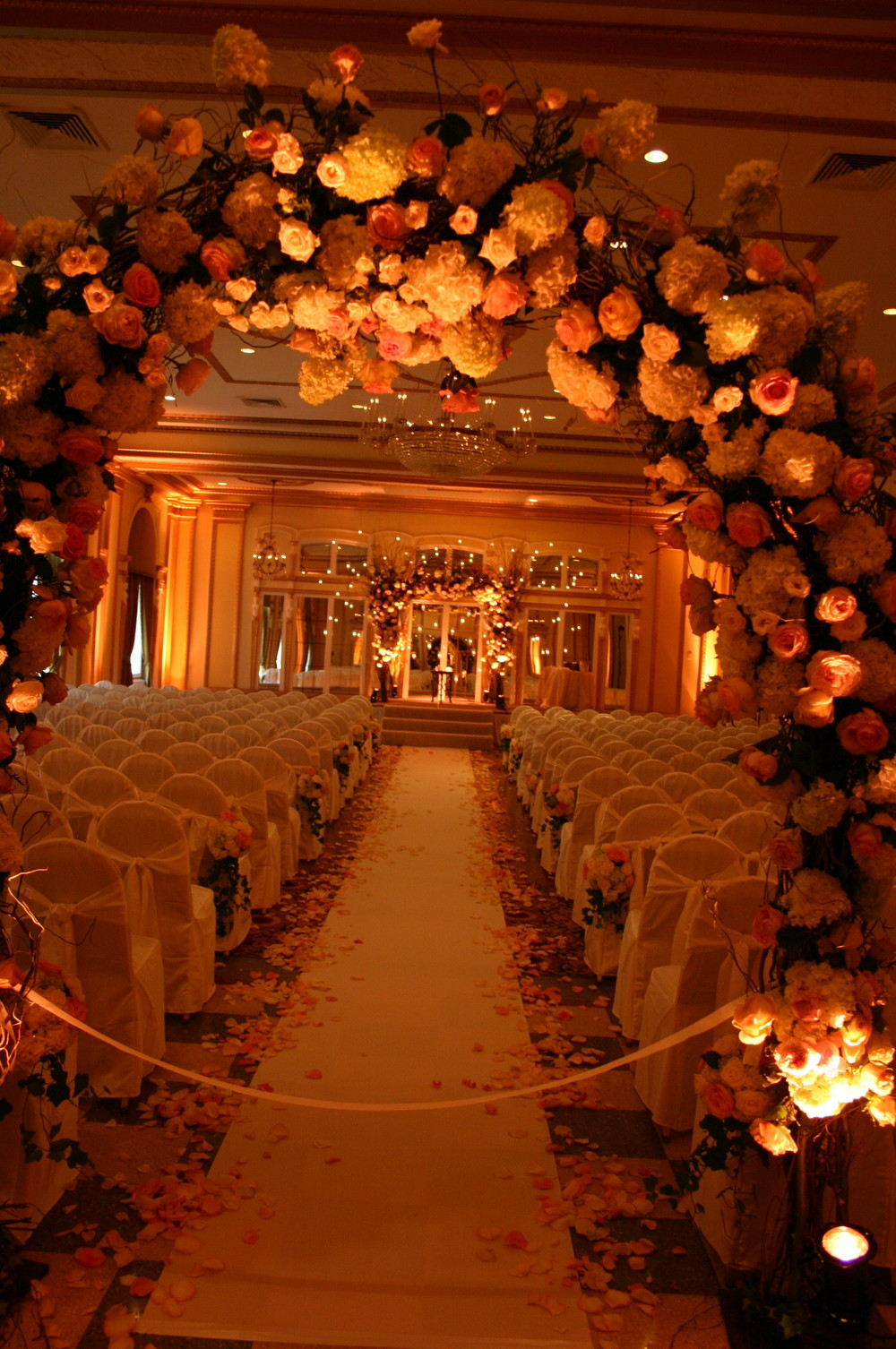 Wedding Arch and Chuppah in the Ventian Room at The Peabody Hotel.  Hydrangea, Roses and Lisianthus.