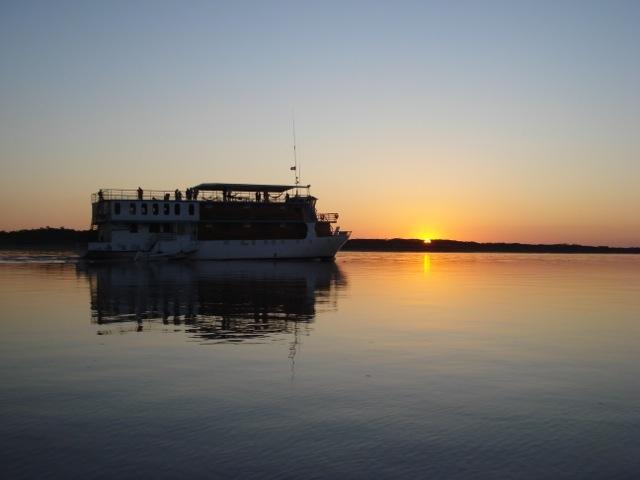 arapaima cruise vessel