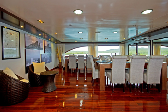 Ocean Spray Galapagos Cruise Dining