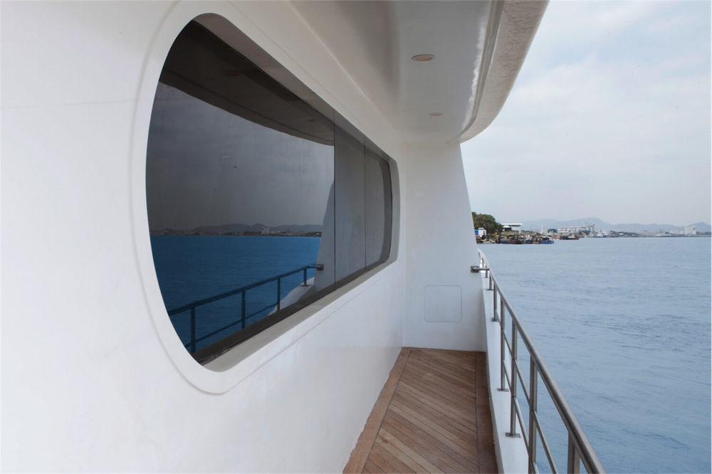 Petrel Galapagos Cruise Suite Deck