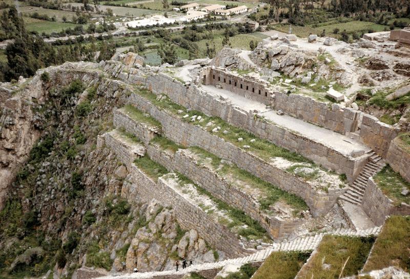 Ollantaytambo Ruins (Ph. Wikipedia)