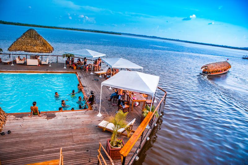 Al Frio y Al Fuego Restaurant in Iquitos