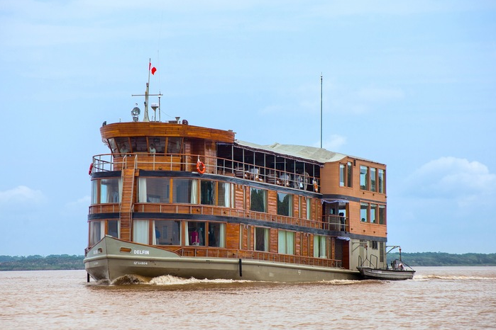 Delfin II Amazon Cruise
