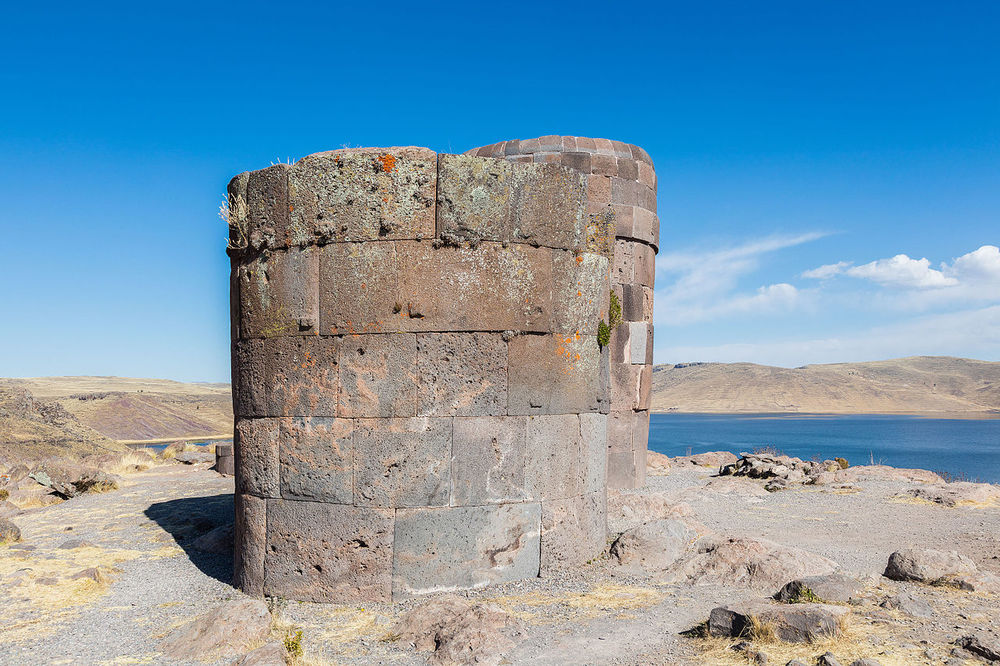 Chullpa in Sillustani Peru - Ph. Diego Delso