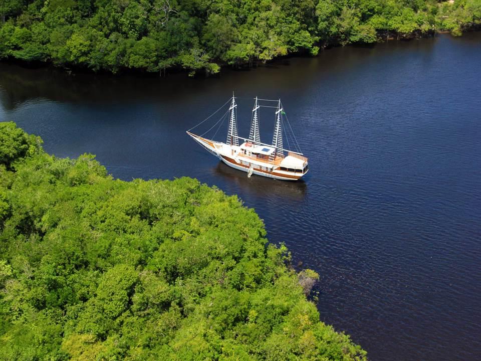 The Desafio schooner cruising the Brazilian Amazon.