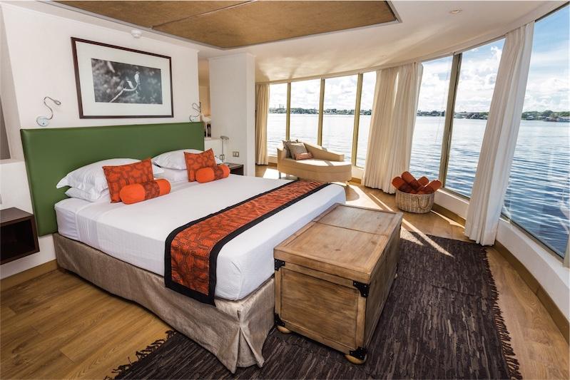 Delfin III Cruise Suite