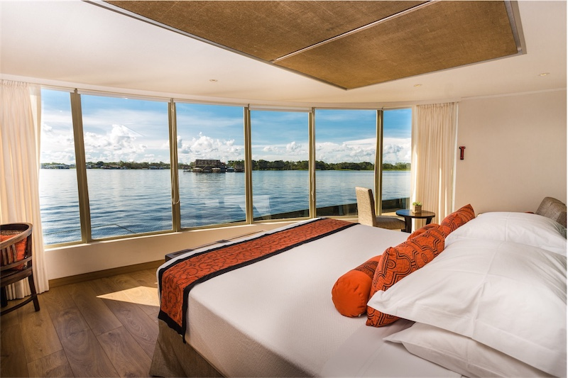 Estuary Suite Delfin III Cruise