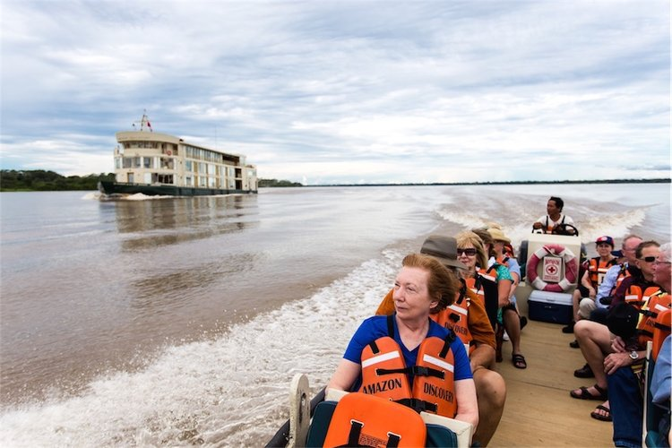 Cruises for single travelers in the Amazon