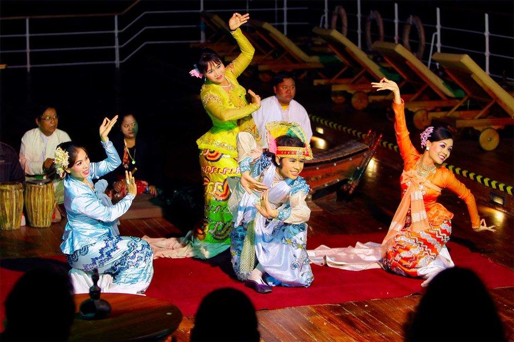 Burmese Dancers