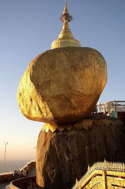 Golden Rock – Image: Wikipedia