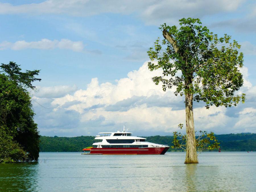Panama Discovery Catamaran