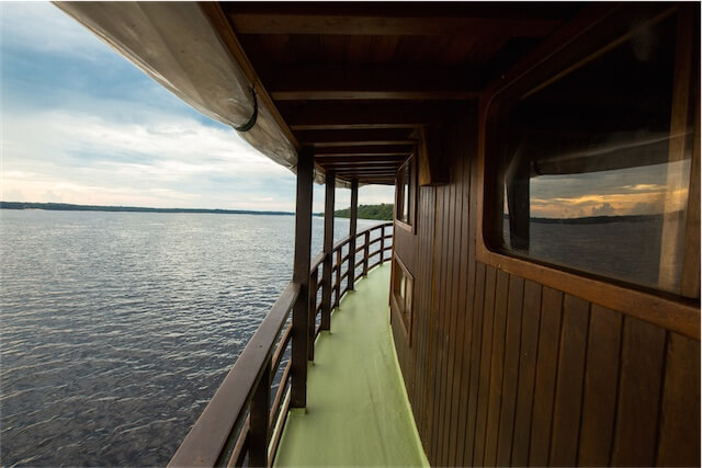Jacare-Tinga amazon cruise prices