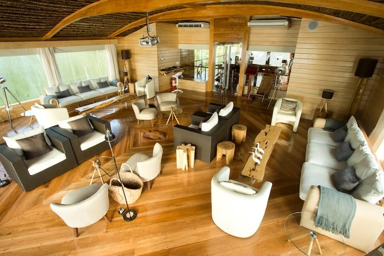 Delfin II Amazon Cruise Lounge
