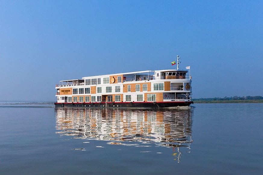Irrawaddy River Tour