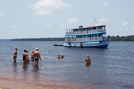 Acqua Amazon Cruise