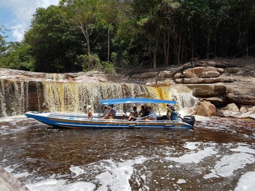 Acqua Amazon Cabins