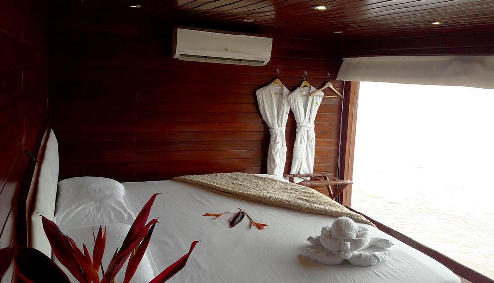 Spondias Cruise