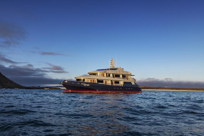 camila-cruise-2.jpg